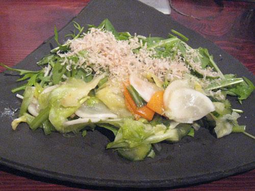 大黒屋の京水菜と浅漬け野菜のサラダ