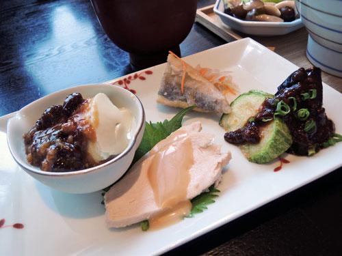 酢重ダイニング六角のランチ前菜
